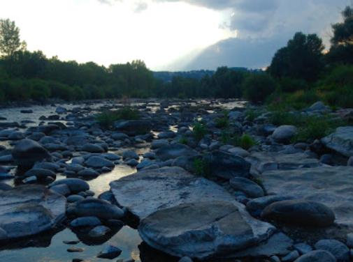Venez passer une semaine en Ardèche pour  développer votre intuition et vous aligner sur votre chemin de vie